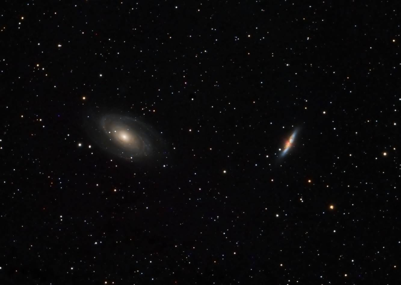 صورة رائعة للثنائي المجري الشهير M81, M82.