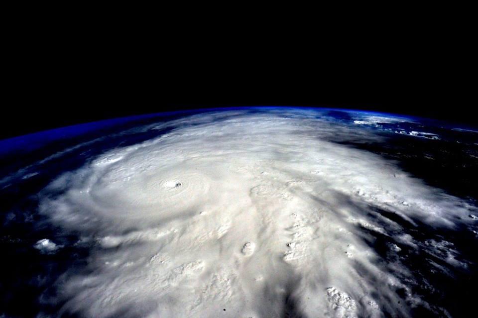 الإعصار Patricia يوشك أن يُدمر المكسيك !