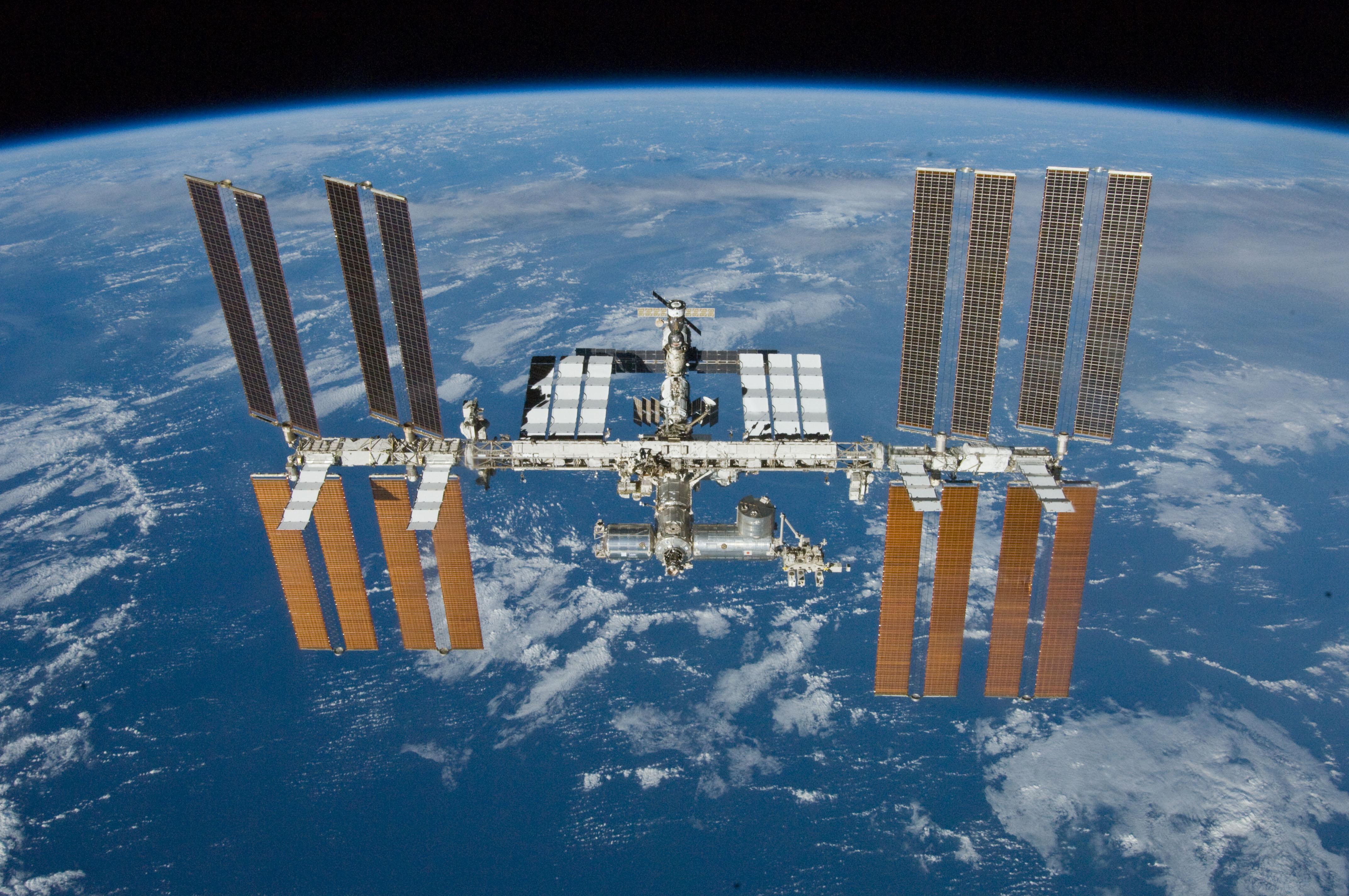 نقل مباشر لمحطة الفضاء الدولية