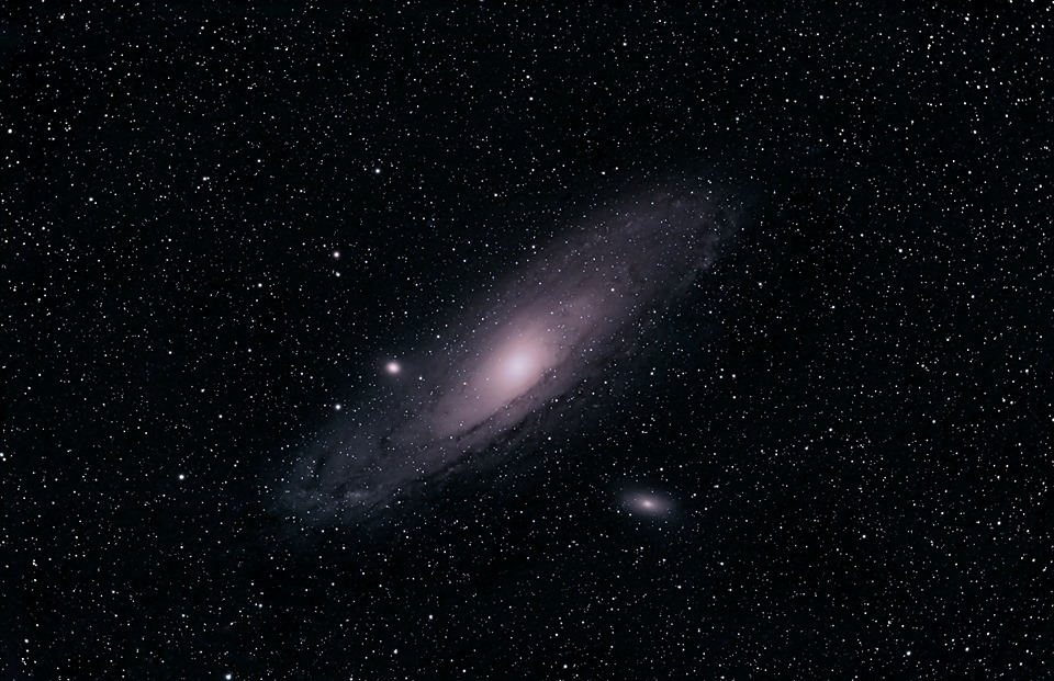 مجرة المرأة المسلسلة (M31)